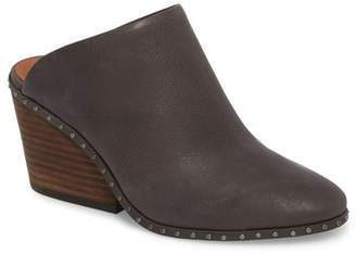 Lucky Brand Larsson2 Studded Mule