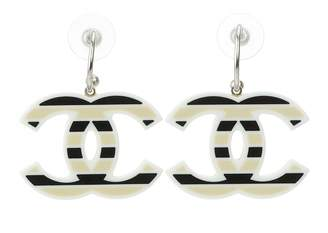 Pre-Owned at Vestiaire Collective · Chanel Earrings f95f9f52aabc9