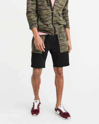 Abercrombie & Fitch Camo Stretch Shorts