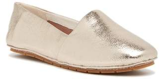 Kenneth Cole New York Jordyn Leather Flat