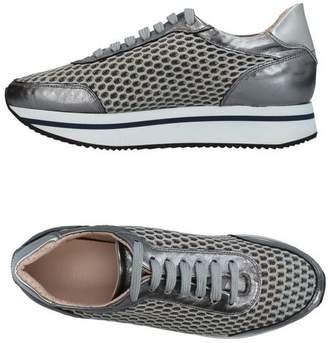 Pertini Low-tops & sneakers