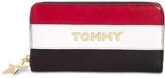 Tommy Hilfiger Peyton Zip-Around Wallet
