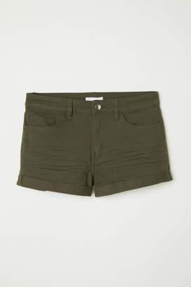 H&M Short Twill Shorts - Green