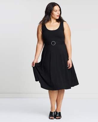 ICONIC EXCLUSIVE - Belle Buckle Dress