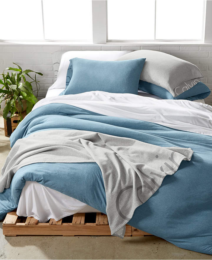 Yara Twin Twin Xl Reversible Quilt Set In Blue Stylish Daily