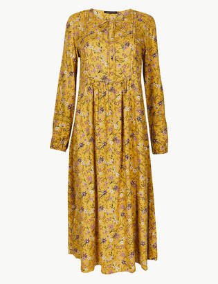 Marks and Spencer Floral Print Round Neck Relaxed Dress