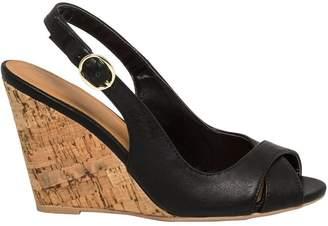 Le Château Women's Leather-Like Slingback Wedge Sandal