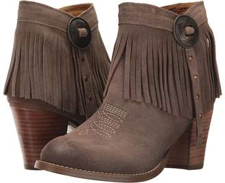 Ariat Unbridled Avery Cowboy Boots