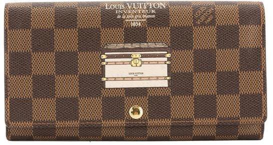 Louis VuittonLouis Vuitton Damier Ebene Illustre Trunks and Locks Sarah Wallet (Pre Owned)