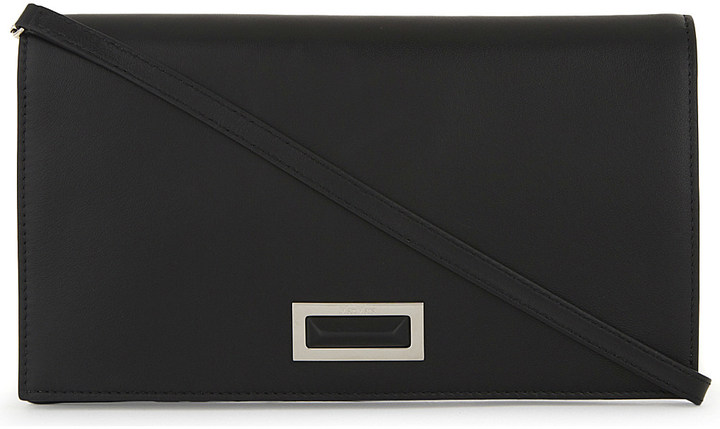 Max Mara Max Mara Leather clutch