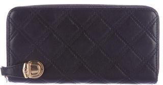 Marc JacobsMarc Jacobs Quilted Leather Zip Wallet