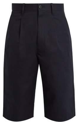 Junya Watanabe - Pleat Detail Cotton Twill Shorts - Mens - Navy