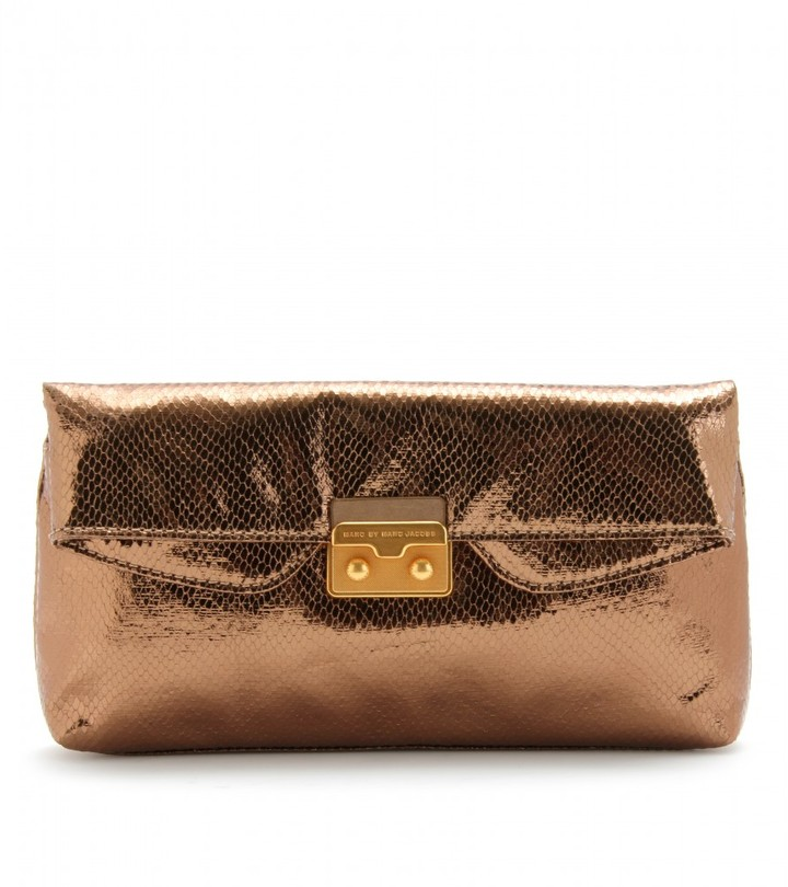 Marc by Marc Jacobs METALLIC CLUTCH