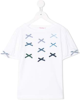 Familiar bow applique T-shirt