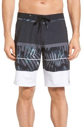 Men's Quiksilver Slab Print Board Shorts $55 thestylecure.com