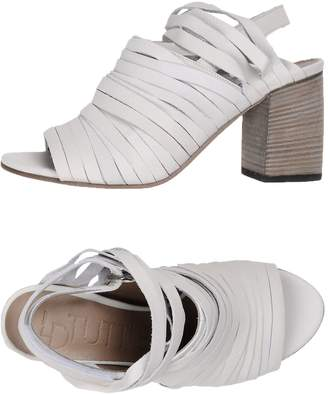 Ld Tuttle LDTUTTLE Sandals