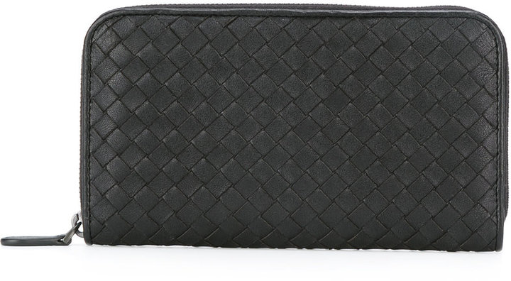 Bottega VenetaBottega Veneta interlaced leather zipped wallet