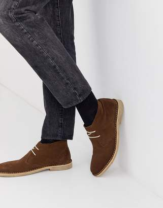 Asos Design DESIGN desert boots in brown suede