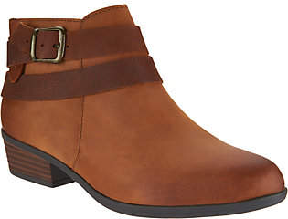 Clarks Leather Side Zip Ankle Boots -Addiy Cora