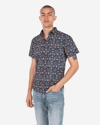 Express Slim Geometric Short Sleeve Shirt