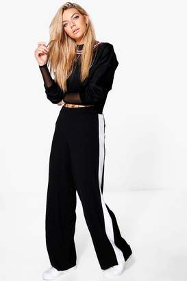 boohoo Contrast Panel Wide Leg Relaxed Trousers