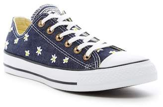 Converse Chuck Taylor All Star Oxford Sneakers (Women)