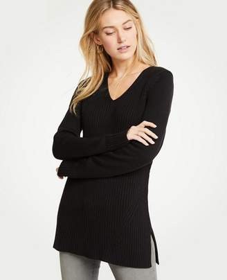 Ann Taylor Petite Ribbed V-Neck Tunic Sweater