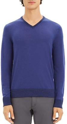 Theory Rothley Merino Wool V-Neck Sweater
