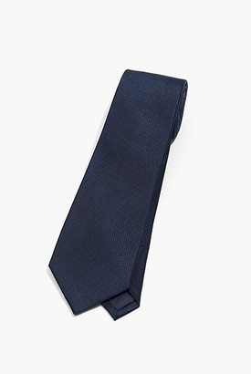 Country Road Textured Tie