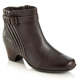 """Clarks Artisan """"Leyden Scale"""" Casual Ankle Boot - Brown"""