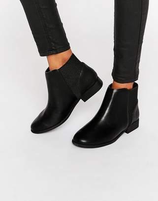 Call it SPRING Etaliwet Chelsea Boots