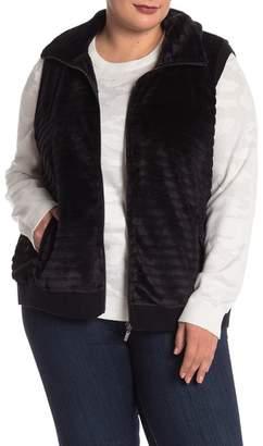Cable & Gauge Faux Fur Vest (Plus Size)