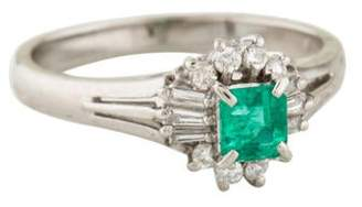 Ring Platinum Emerald & Diamond