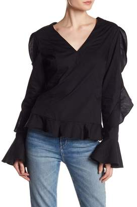 Romeo & Juliet Couture Ruffle Sleeve Woven Blouse