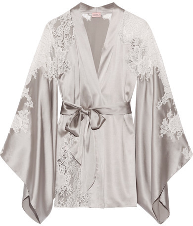 Agent Provocateur Agent Provocateur - Nayeli Leavers Lace-paneled Silk-blend Satin Robe - Silver