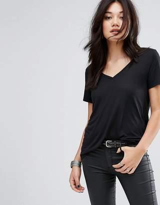 Vero Moda V Neck T-Shirt