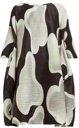 Pleats Please Issey Miyake Melt Cloud Print Side Slit Pleated Dress - Womens - Black White