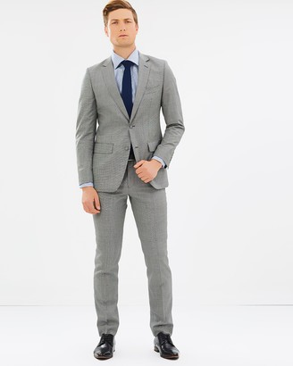 Shannon Suit