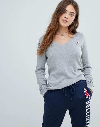Hollister classic v neck sweater