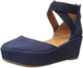 Gentle Souls by Kenneth Cole Women's NYSSA Platform Wedge with Elastic Ankle Straps Shoe