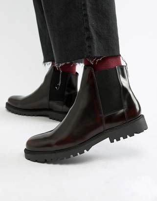 Zign Shoes chelsea boots in burgundy high shine
