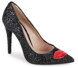 Chiara Ferragni Bumps Flirting Shoes