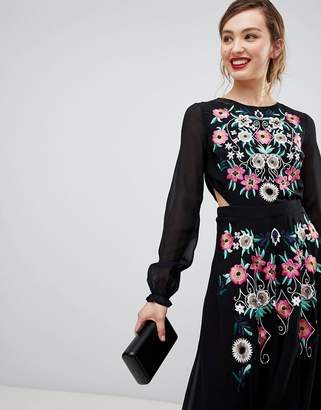 Frock and Frill Frock & Frill Long Sleeve Embroidered Dress With Open Back