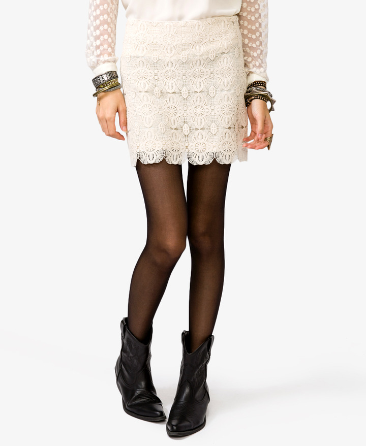 Forever 21 Scalloped Crochet Mini Skirt