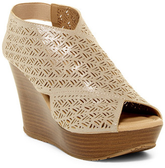 Kenneth Cole Reaction Sole Safe 2 Wedge Sandal $89 thestylecure.com