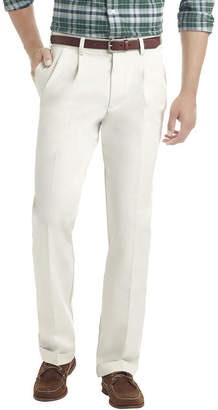 Izod Heritage Chino Classic Fit Pleated Pant