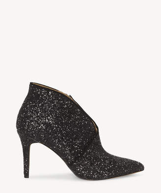 Jessica Simpson Women's Layra3 In Color: Black/black Shoes Size 5 Synthetic From Sole Society