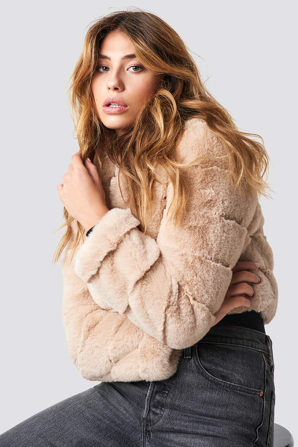 Linn Ahlborg X NA-KD Short Puff Faux Fur Jacket