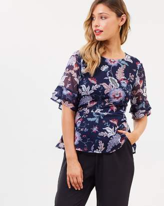 Atmos & Here ICONIC EXCLUSIVE - Lilly Flutter Sleeve Top
