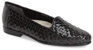 Trotters Slip-On Flat